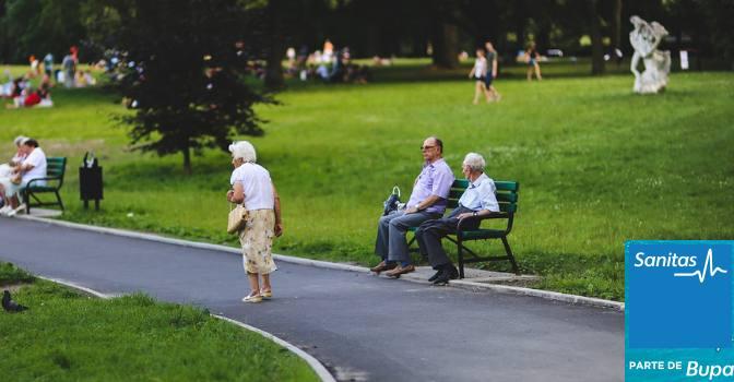 """Sanitas """"Actitudes hacia el envejecimiento"""" perspectivas de los españoles"""
