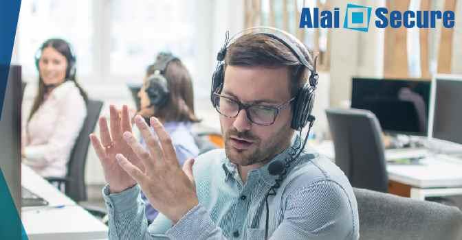 Teleasistencia prestada desde el domicilio de los profesionales gracias a la tecnología de Alai Secure.