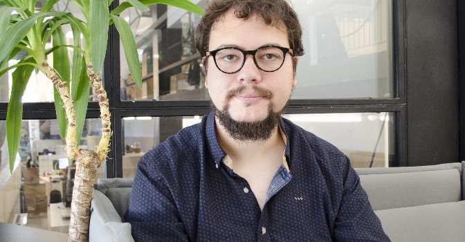 """Alfonso Escriche: """"Adaptamos cualquier smartphone a las capacidades de cada persona"""""""