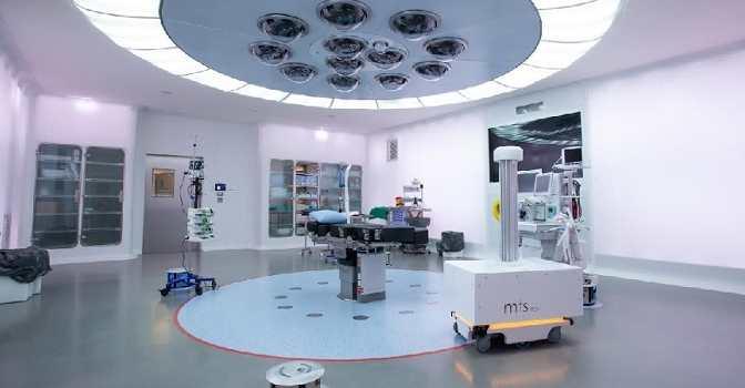 MTS Tech crea robots desinfectantes contra el coronavirus.