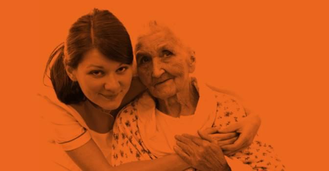 Por qué contar con un farmacéutico de Atepharma en residencias de mayores