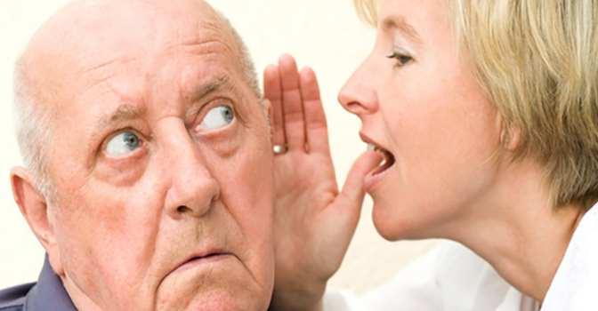 Cómo comunicarse con personas que sufren pérdida de audición.