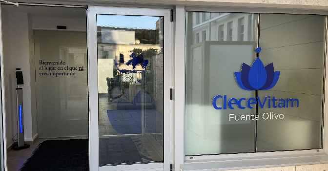 La residencia de mayores Clece Vitam Fuente Olivo homenajea a los profesionales sociosanitarios en unas jornadas de puertas abiertas.
