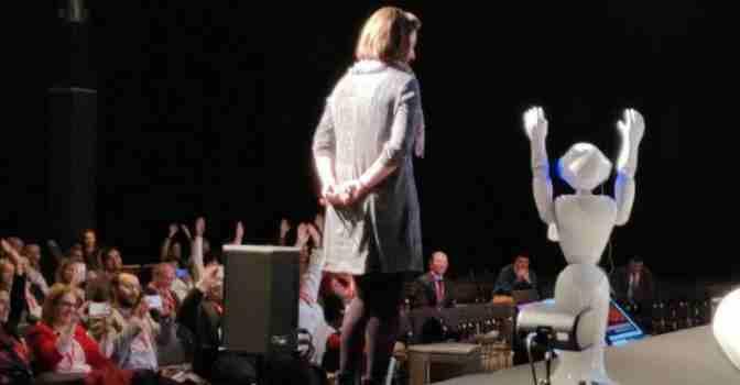 'Copito', un robot empático con las personas mayores, fue uno de los protagonistas de la I Jornada Tecnológica celebrada en el marco del Congreso NGD.