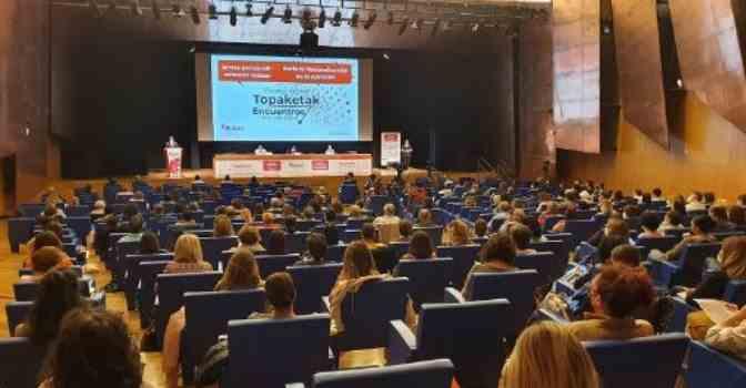 La Diputación de Vizcaya propone un modelo de cuidados de larga duración basado en unidades de convivencia