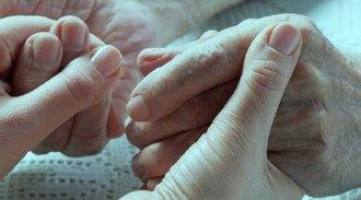 El Gobierno prevé aprobar este año el Plan Nacional de Alzheimer de 2018 a 2022