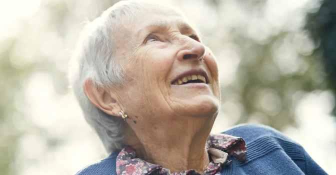 Qida ofrecerá a los clientes de DKV asistencia domiciliaria para personas mayores