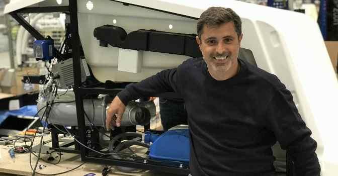 Eduard Segura es director general de Isensi, la empresa que ha desarrollado cabinas de hidroterapia para residencias de mayores.