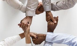 La equiparación del IVA de los mayores une a diferentes entidades en la firma de un manifiesto