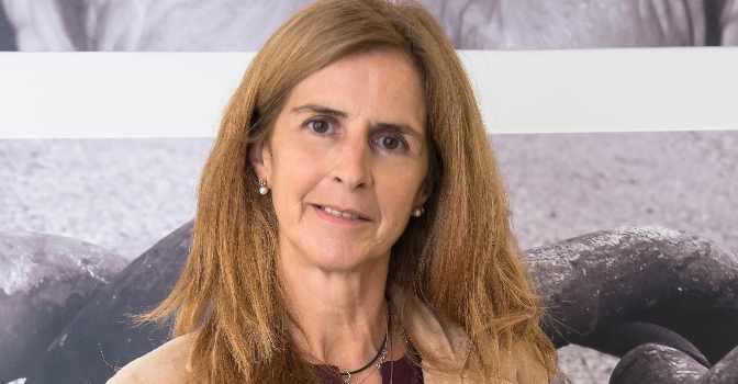 """Esther Aretxabala: """"Hay interés por el modelo de cuidado basado en la atención directa a la persona y a su dignidad y autonomía"""""""