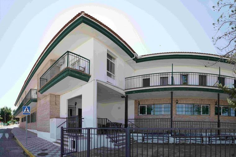 El rincón de la ONG. Guía de las Residencias de ancianos mayores de Jaén y provincia con 73 referencias