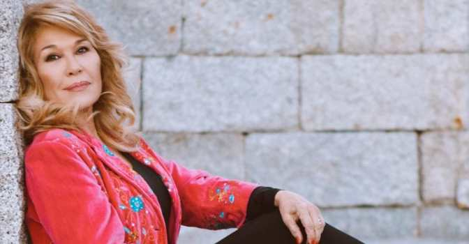 UDP reivindica el papel social de las personas mayores con una canción de Helena Bianco.