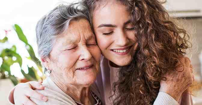 Orpea participa en una experiencia intergeneracional.