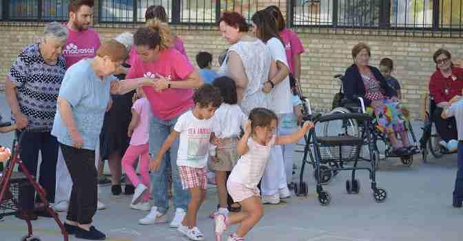 Macrosad cumple 25 años liderando las actividades intergeneracionales en España.