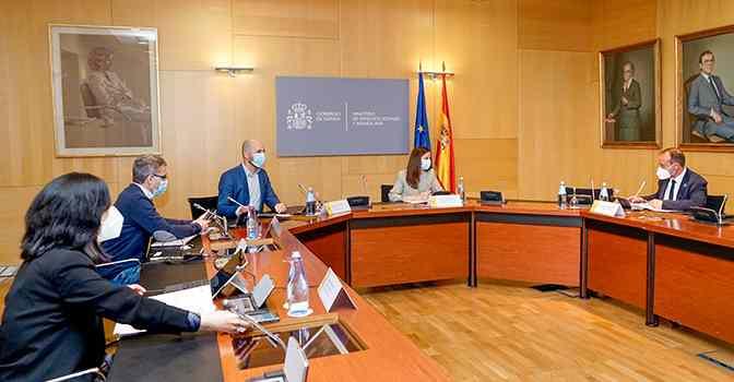 El Gobierno destinará 730 millones de fondos europeos para reformar la atención a la dependencia