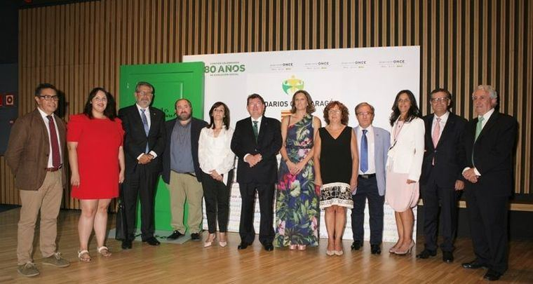 Lares participa en el Congreso de la Red Europea de Envejecimiento a la vez que su presidente recibe un Premio Solidario ONCE