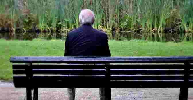 Cómo solucionar el problema de la soledad en los mayores