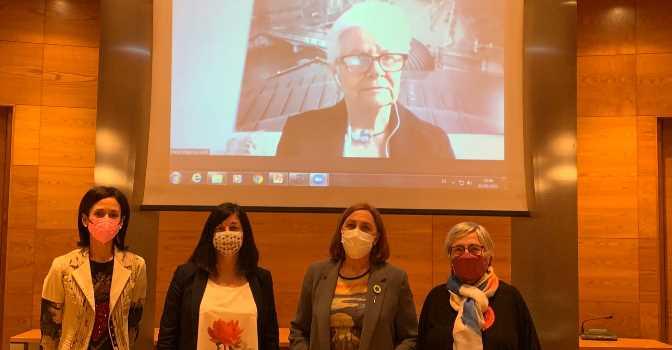 Paca Tricio comparece en el Senado para defender a los mayores