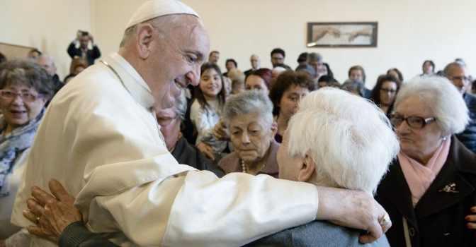 El Papa Francisco crea la Jornada Mundial de los Abuelos y los Mayores