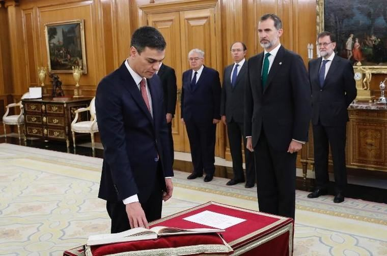 Pedro Sánchez se compromete a abordar la