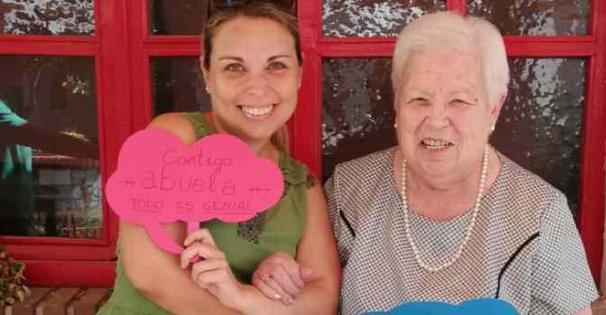 DomusVi recomienda planes con personas mayores para hacer en familia en verano.