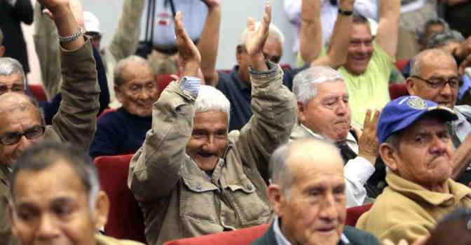 ¿Qué proponen los principales partidos políticos para mayores y dependientes?