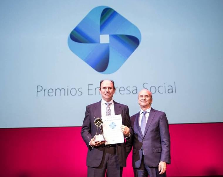 Supercuidadores recibe el Premio Empresa Social al
