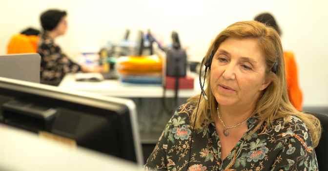 Servicio de Teleasistencia en Barcelona ya llega a casi 8 de cada 10 mayores de 80 años