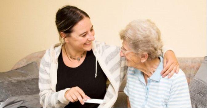 La Fundación Edad&Vida debate estrategias para prevenir el maltrato en los mayores