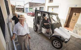Pescueza, el pueblo que hace fácil la vida a sus mayores