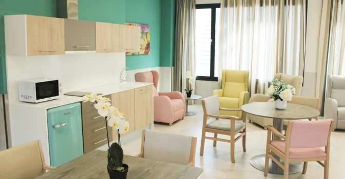 Vitalia Canillejas reabre como residencia de mayores tras atender a enfermos de COVID
