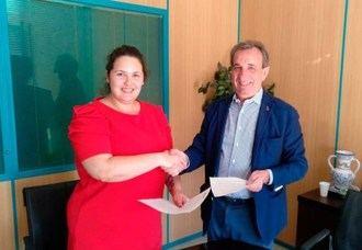 Vitalia Home firma un convenio de apoyo a mujeres víctimas de violencia de género rubricado por Natalia Salvo y José María Cosculluela