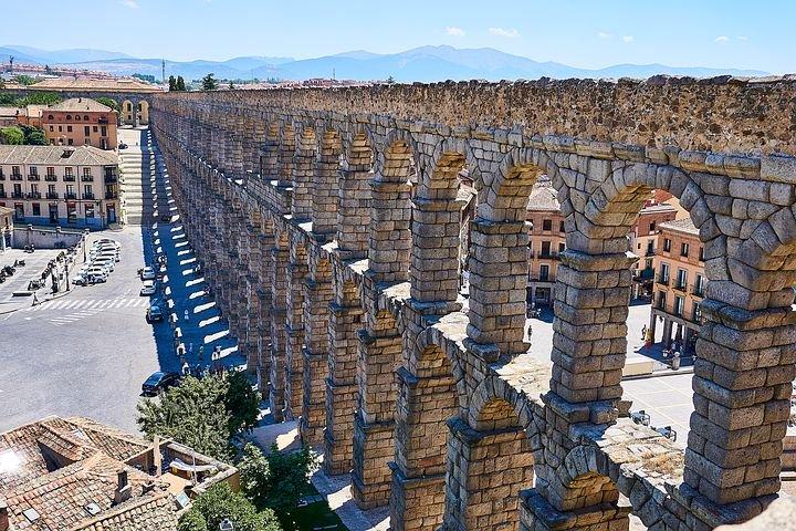 Guía de las Residencias de mayores de Segovia con 40 referencias
